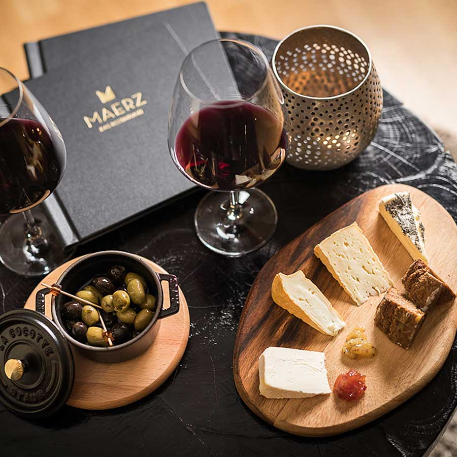 Maerz und Maerz Weinbar