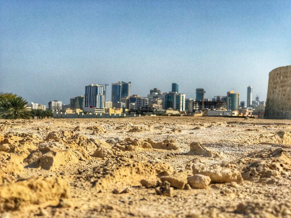 Maerz und Maerz im Orient-Bahrain-Stadt
