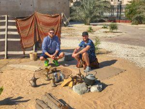 Maerz und Maerz im Orient-Dubai-Benjamin und Patrick